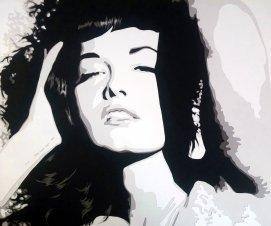 Bettie Page, femme, sexy et glamour, ici dans un portrait simple et en noir en blanc. Découpage collage papier, Carole b