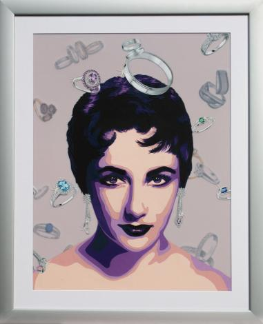 Portrait de Liz Taylor jeune, avec une pluie de bagues qui représente ses amours. Découpage collage par Carole b